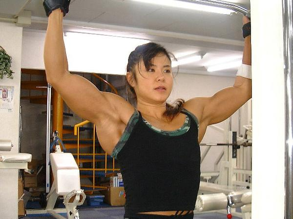 asian female bodybuilder photos