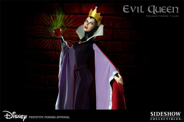 Evil Queen in Sideshow Premium Extra by