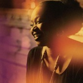 Photo of Oumou Sangare