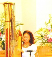 Photo of Harpist Erika