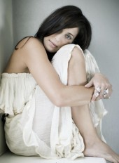Photo of Chantal Kreviazuk