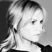 Photo of Anna Paquin~Fanpage~