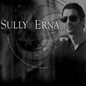 Photo of Sully Erna
